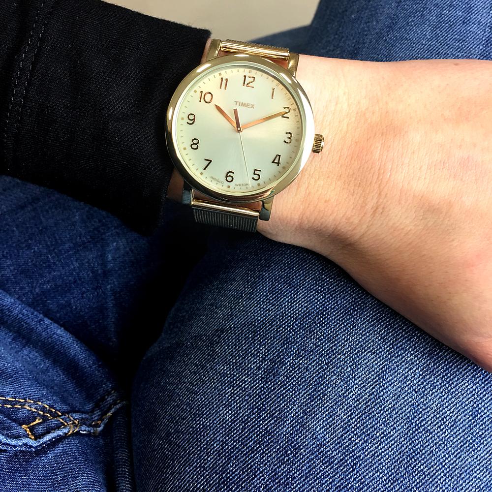 damski zegarek Timex na bransolecie typu mesh