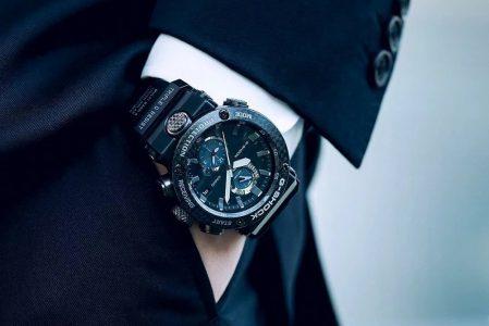 Czarny G-SHOCK – 5 zegarków stworzonych do miejskiego stylu.